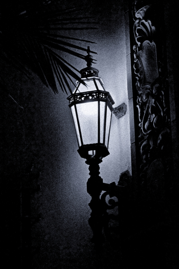 7d_25315bh_at_night_dxo